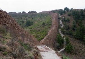 I wonder how many decades will go before there is a pathway like this along the whole Great Wall? At least the hilly parts.